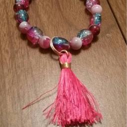 pink-and-blue-bracelet